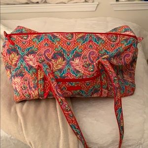 Vera Bradley large travel duffle bag